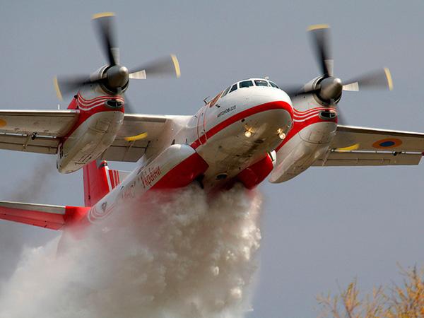 Ан-32П - пожарный самолет