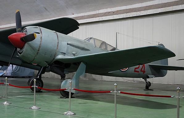 Истребитель Ла-11
