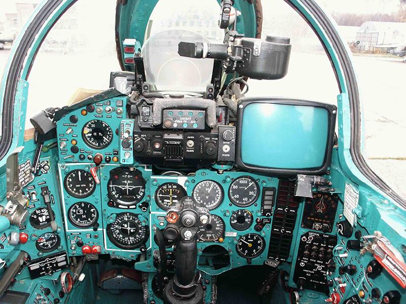 Кабина МиГ-27Д