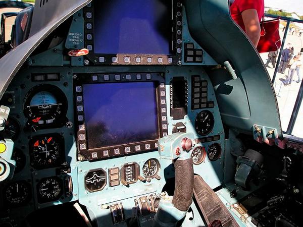 Задняя кабина Су-30МК2В