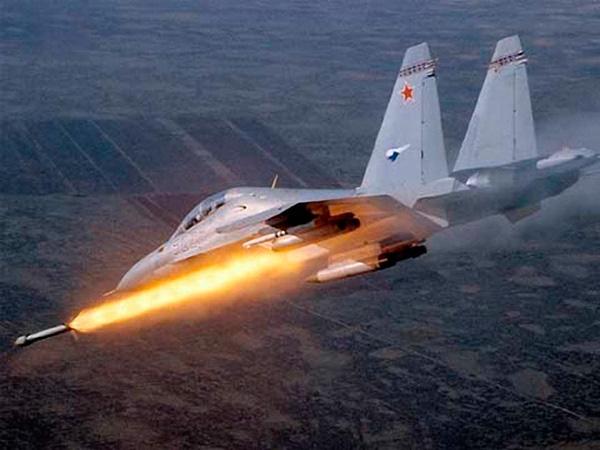 Пуск ракеты Су-30