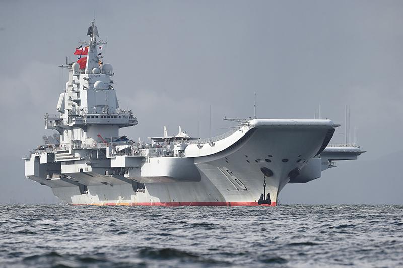 Ляонин (бывший Варяг) - первый авианосец Китая