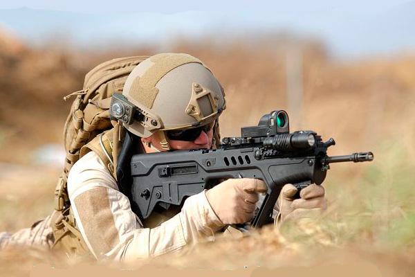 Tavor TAR-21 - израильская штурмовая винтовка (автомат)