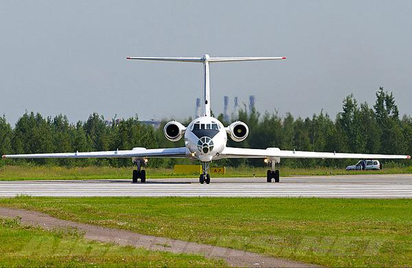 Ту-134 ближнемагистральный пассажирский авиалайнер