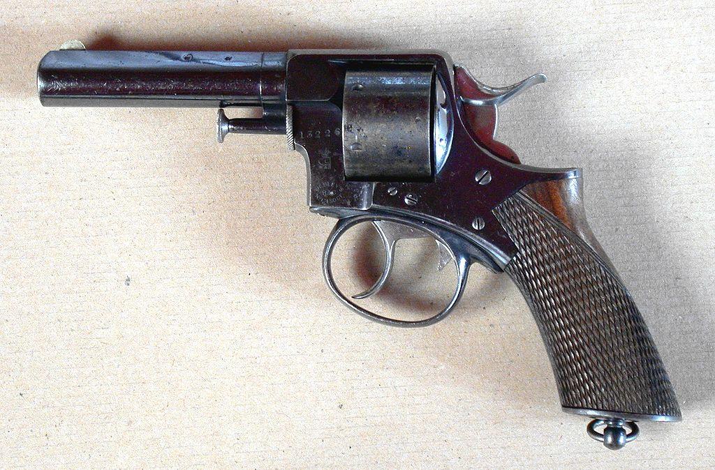 Револьвер Webley RIC 1868 под патрон .450 CF
