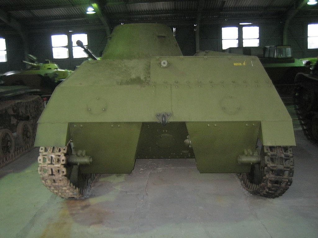 Корма лёгкого танка Т-40С