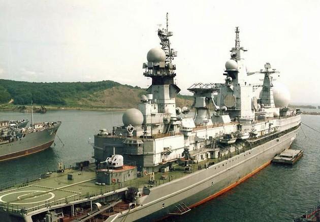ССВ-33 «Урал» - атомный корабль радиоэлектронной разведки проекта 1941 шифр «Титан»