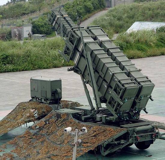 Подвижная ракетная установка комплекса «Пэтриот» на 4 ракеты
