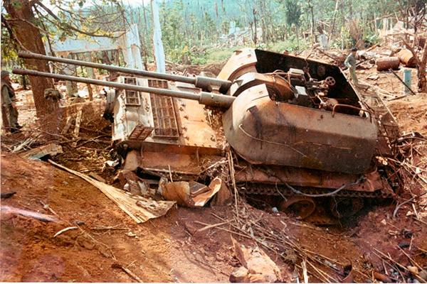 Подбитая ЗСУ-57-2