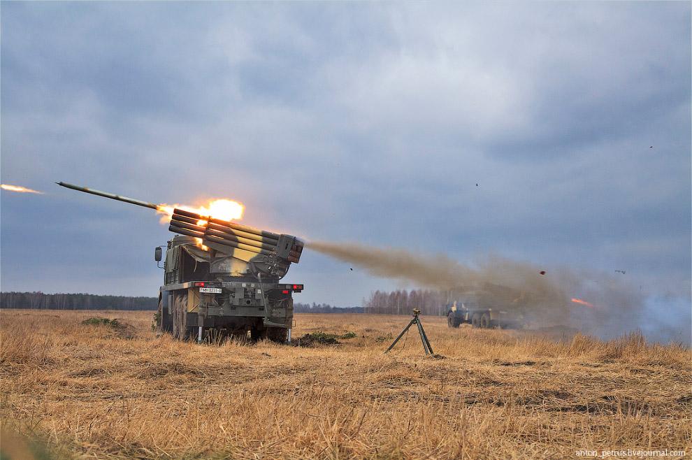 РСЗО БелГрад - белорусская реактивная система залпового огня