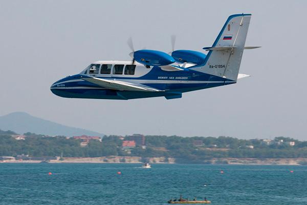 Фото Бе-103 на авиасалоне в Геленджике