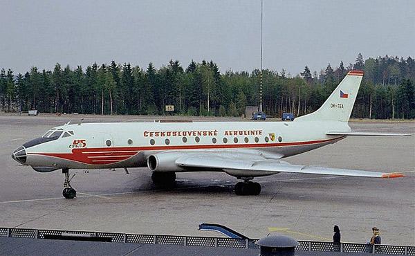 Ту-124 пассажирский авиалайнер
