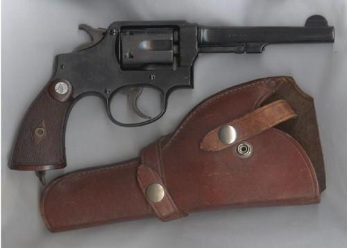 Револьвер Смит-Вессон Модель 10 Милитари энд Полис со стволом 5 дюймов - 1941 год