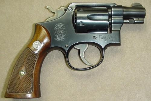 Револьвер Смит-Вессон Модель 10 Милитари энд Полис со стволом 2 дюйма - 1949 год