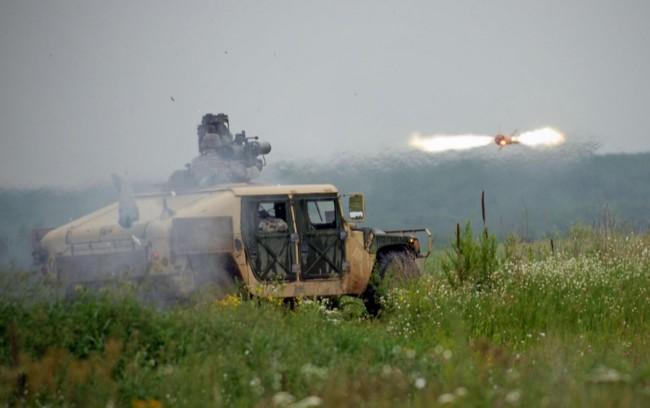 ПТРК BGM-71 ТOW-2 - фото пуска ракеты