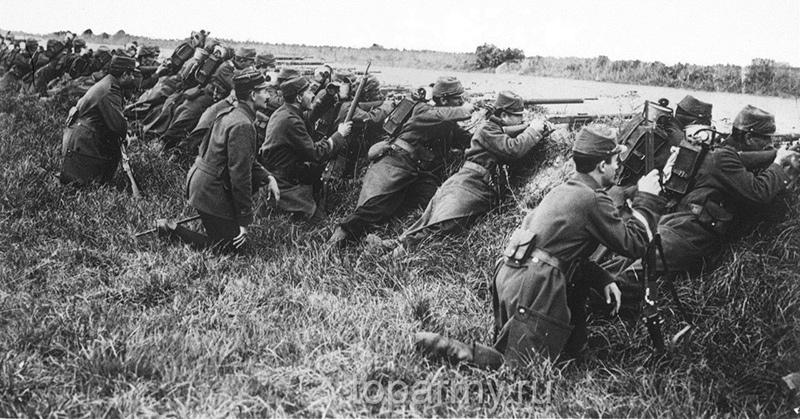 Войска французов 1914 год, битва на Марне, вооружены винтовкой Лебеля Мlе 1886