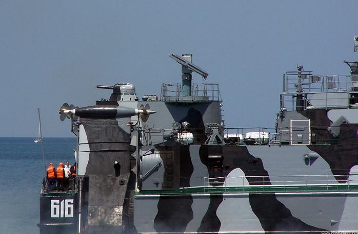 «Бора» и «Самум» - малые ракетные катера на воздушной подушке