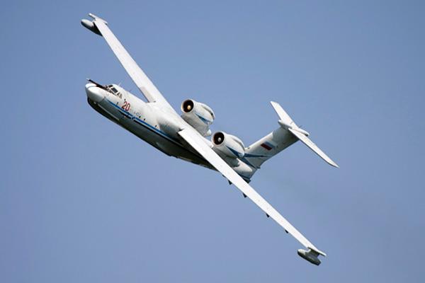 А-40 'Альбатрос' (Бе-42) - советский самолет-амфибия