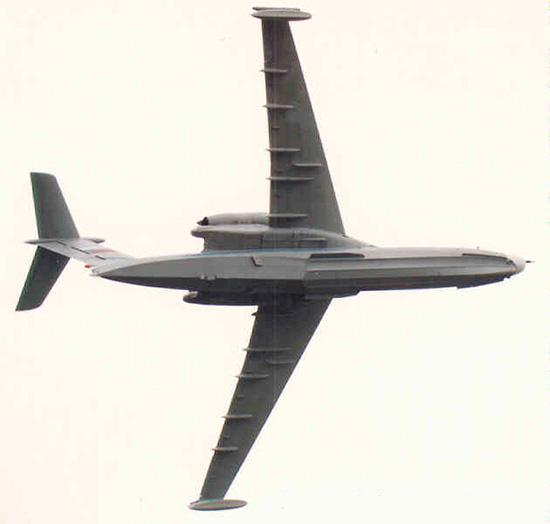 А-40 'Альбатрос' фото в полете - вид снизу
