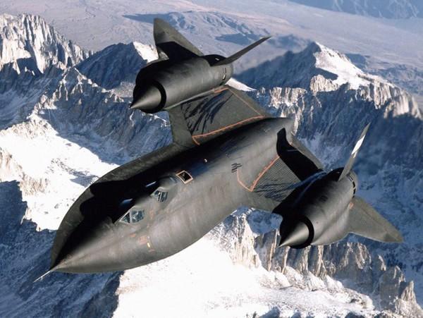 Локхид SR-71A «Блэкбёрд» - стратегический разведчик ВВС США