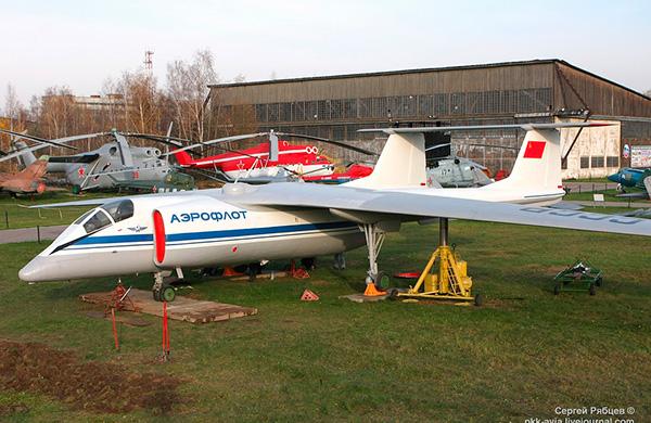 М-17 'Стратосфера' - высотный дозвуковой самолет-разведчик