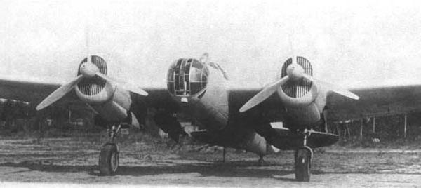 СБ-2 советский фронтовой бомбардировщик