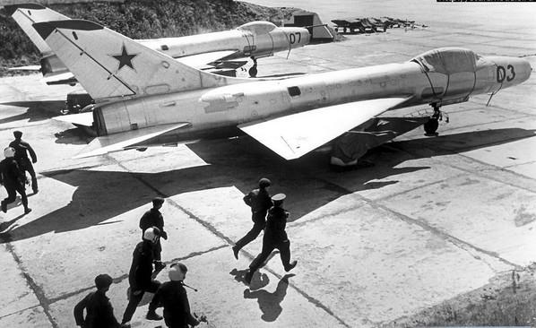 Су-9 - истребитель-перехватчик
