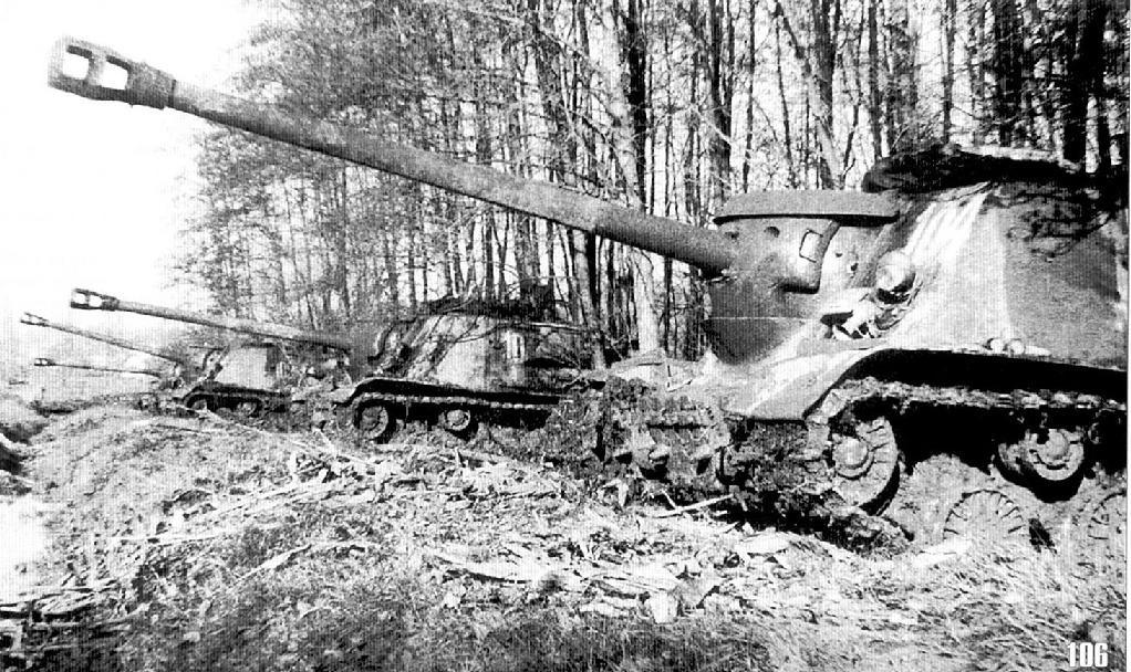 САУ ИСУ-122 в засаде