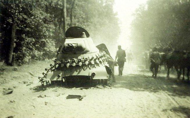 Подбитый БА-11