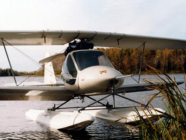 Авиатика-МАИ-890У на поплавках