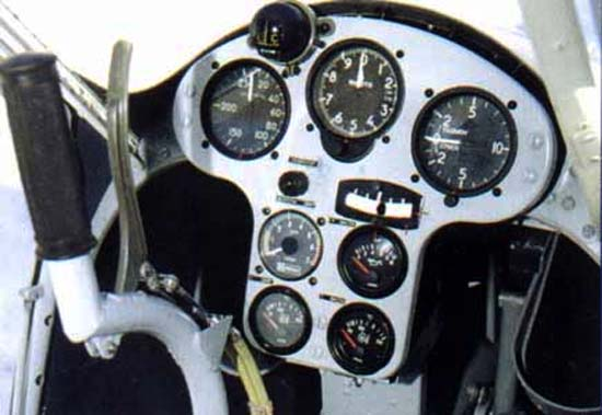 Приборная доска Авиатика-МАИ-890
