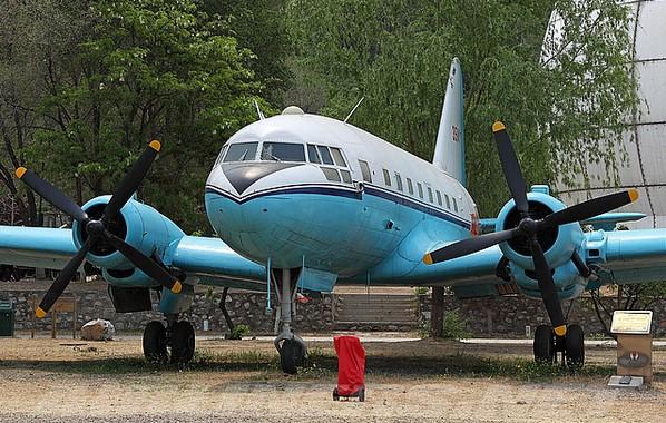 Ил-12 - пассажирский самолет