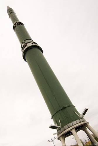 РТ-2 (8К98), РТ-2П (8К98П) - межконтинентальная баллистическая ракета