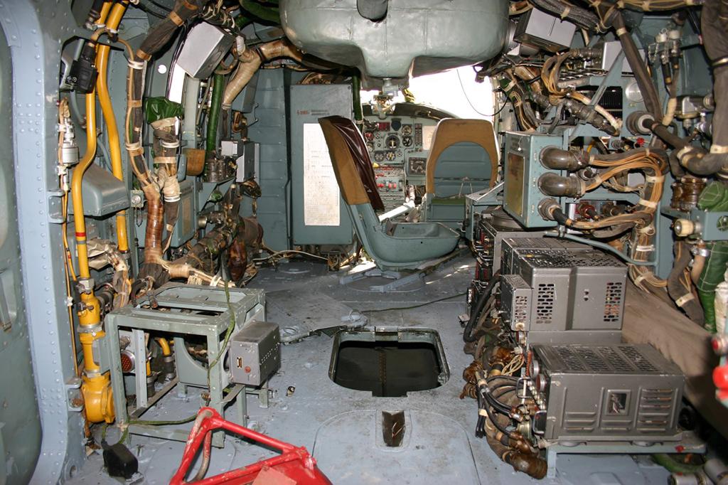 Внутри Ка-25
