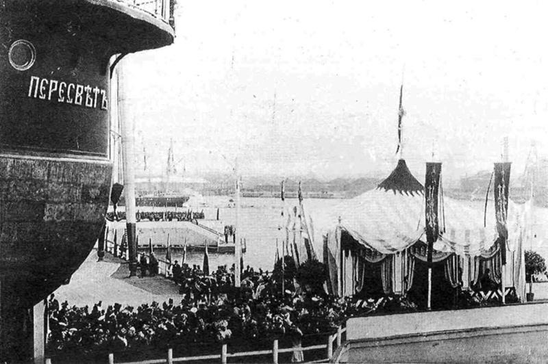 Броненосец «Пересвет» перед спуском на воду, 7 мая 1898 года.