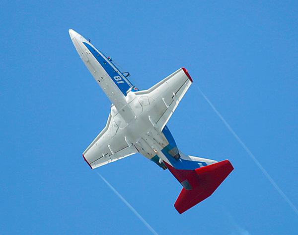 МиГ-AT - учебно-тренировочный самолет