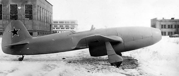 Истребитель Як-15
