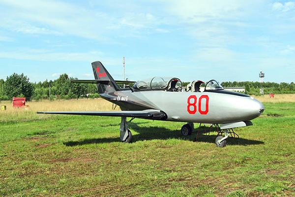 Як-30 на аэродроме Борки