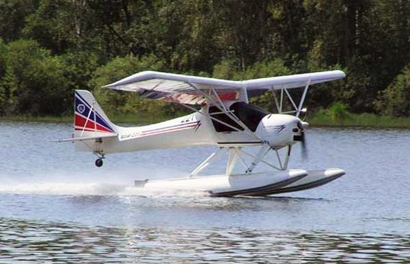 МАИ-223 'Китенок' на поплавках