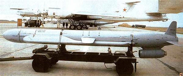 Х-55 - советская стратегическая авиационная крылатая ракета