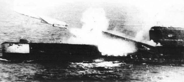 Пуск ракеты П-5 с подводной лодки пр. 651