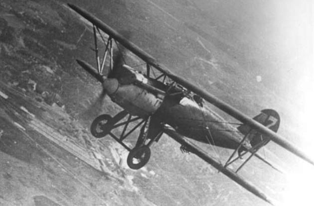 Истребитель И-3