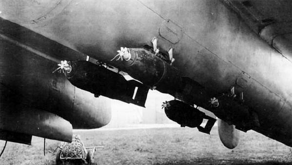 УТБ-2 с бомбами ФАБ-50