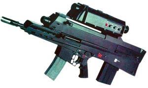 Так выглядят варианты перспективной двухкалиберной системы индивидуального вооружения OICW для армии США – дорогостоящее сочетание 5,56-мм карабина, 20-мм самозарядного гранатомета с программируемым взрывателем и комплексного прицельного блока с лазерным дальномером и цифровым баллистическим вычислителем