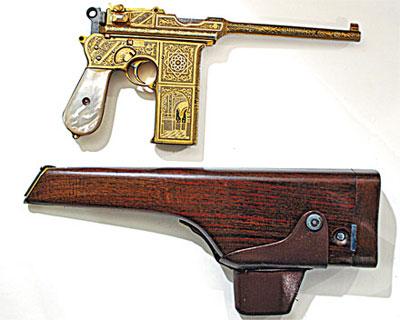 7,63-мм автоматический пистолет Астра Модель 903 с кобурой-прикладом. Испания