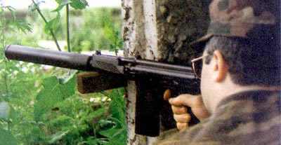 В зависимости от конъюнктуры рынка 9А-91 представляют то сверхмощным пистолетом-пулеметом, то малогабаритным автоматом