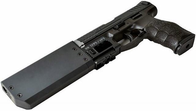 Пистолет H&K SFP9 с присоединённым глушителем фирмы Madritsch Weapon Technology