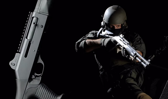 Benelli M4 H2O Tactical