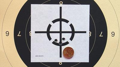 Точность 4. Три выстрела на дистанции 100 м из ружья Sauer 202 с сошки.