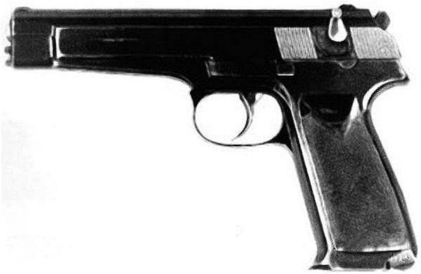 Первый опытный образец автоматического оружия, изготовленного Стечкиным в 1948 году